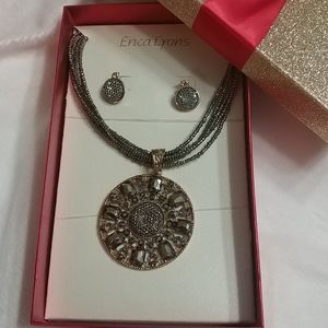 NWT ERICA LYONS Boxed Necklace & Earring Set
